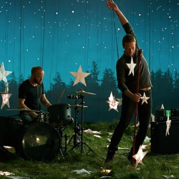 "Coldplay ""Ghost Stories"" Target Commercial"