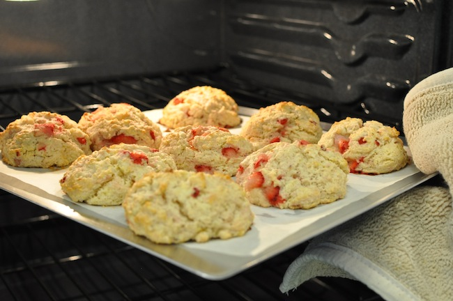 ... Party with Strawberry Scones and Frozen Yogurt Pies | A Bullseye View