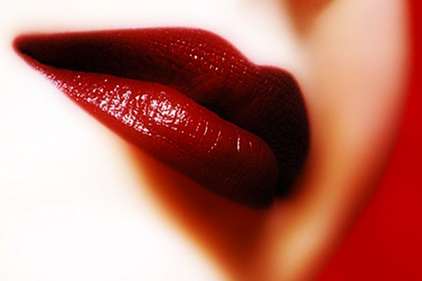 How to Rock a Red Lip