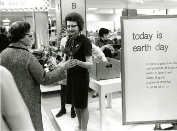 1970s Hudsons Earth Day Photo