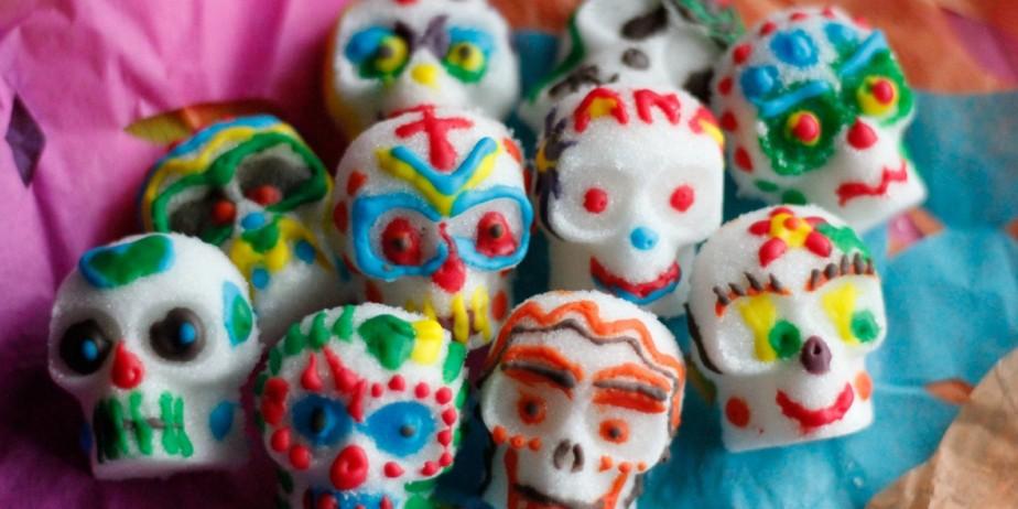 Day of the Dead DIY: Lifestyle Bloggers Do Día de los ...